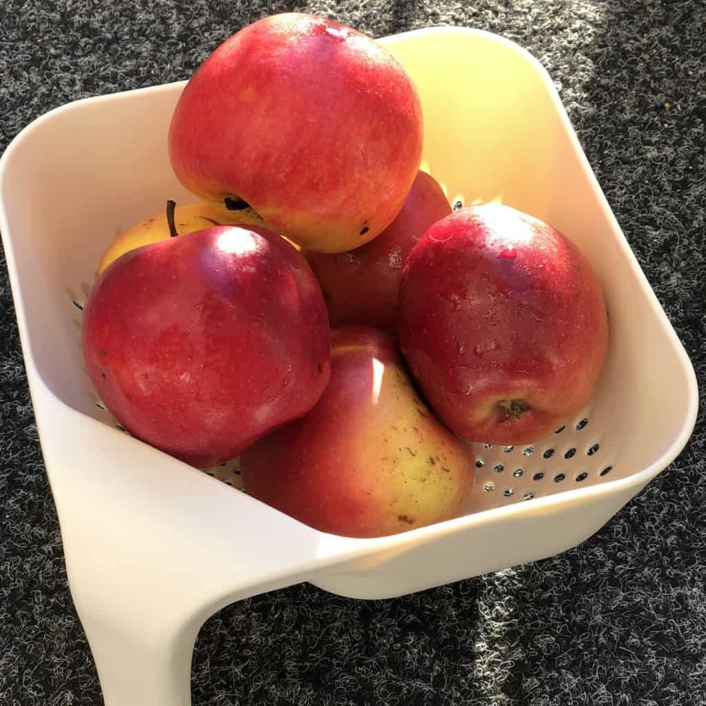 Äpfel für den Kuchen Szarlotka