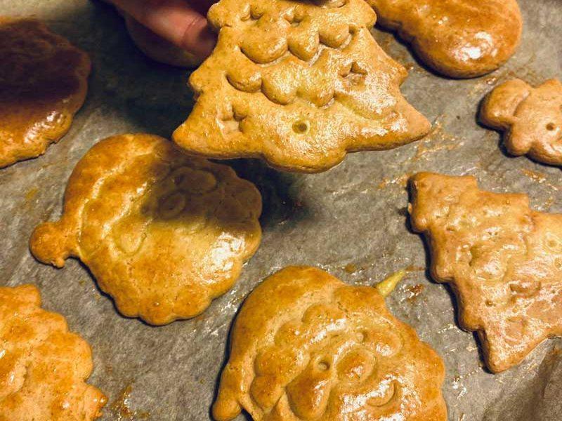 Einfache Lebkuchen - schnelles Rezept für Weihnachtskekse